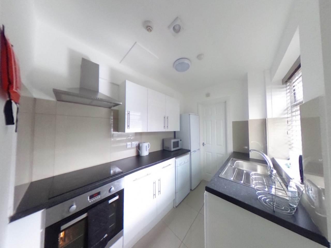 407a-High-Street-Kitchen-1170x738